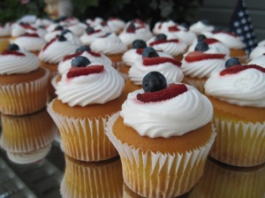 July 4th Cupcakes (not made by me, definitely from a box)