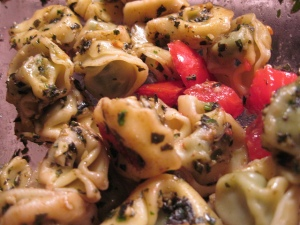 Tortellini with Pesto and Tomatoes