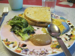 Grilled Cheese, Steamed Broccoli, and Homemade Applesauce