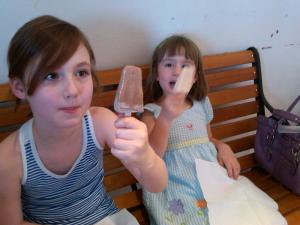 Raising a Toast to Mexican Chocolate and White Chocolate Lemon Peppermint Locopops