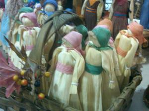 Laura Ingalls Wilder Moment: Cornhusk Dolls in Village of Yesteryear