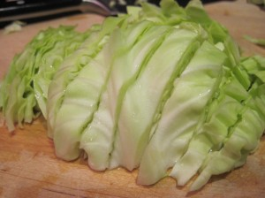 The Practical Cook's Mom's Ingrediente Segreto: Cabbage