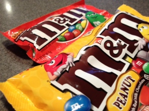 Snacktime Smackdown: Peanut M&M's vs Peanut Butter M&M's