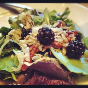 Blackberry Salad with Sweet Pecans and Mozzarella Cheese