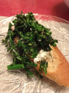Crostini with Broccolini