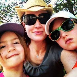 Al fresco requires gear: hat, sunglasses, bug spray, SPF.