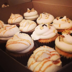 Can you blame me for eating my babysittiing payment on the spot? Cupcakes for lunch, not recommended. #sugarcoma