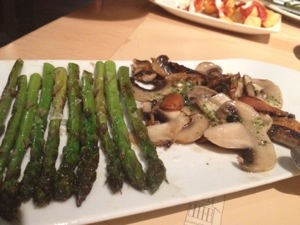 One of the best tapas from Barcelona's famed Cervezeria y Catalana, Asparagus and Mushrooms. We ordered two.